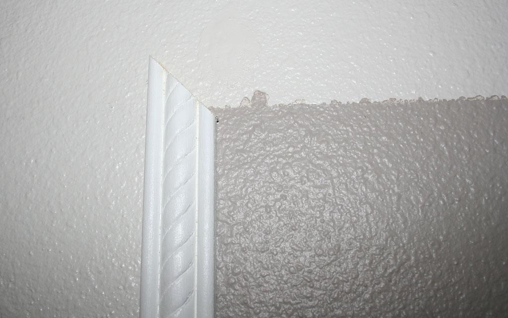 stairway-landing-wall-7