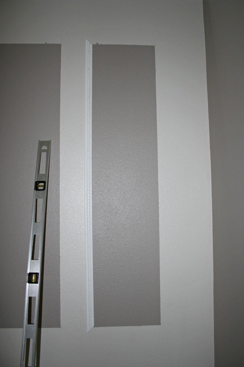 stairway-landing-wall-9