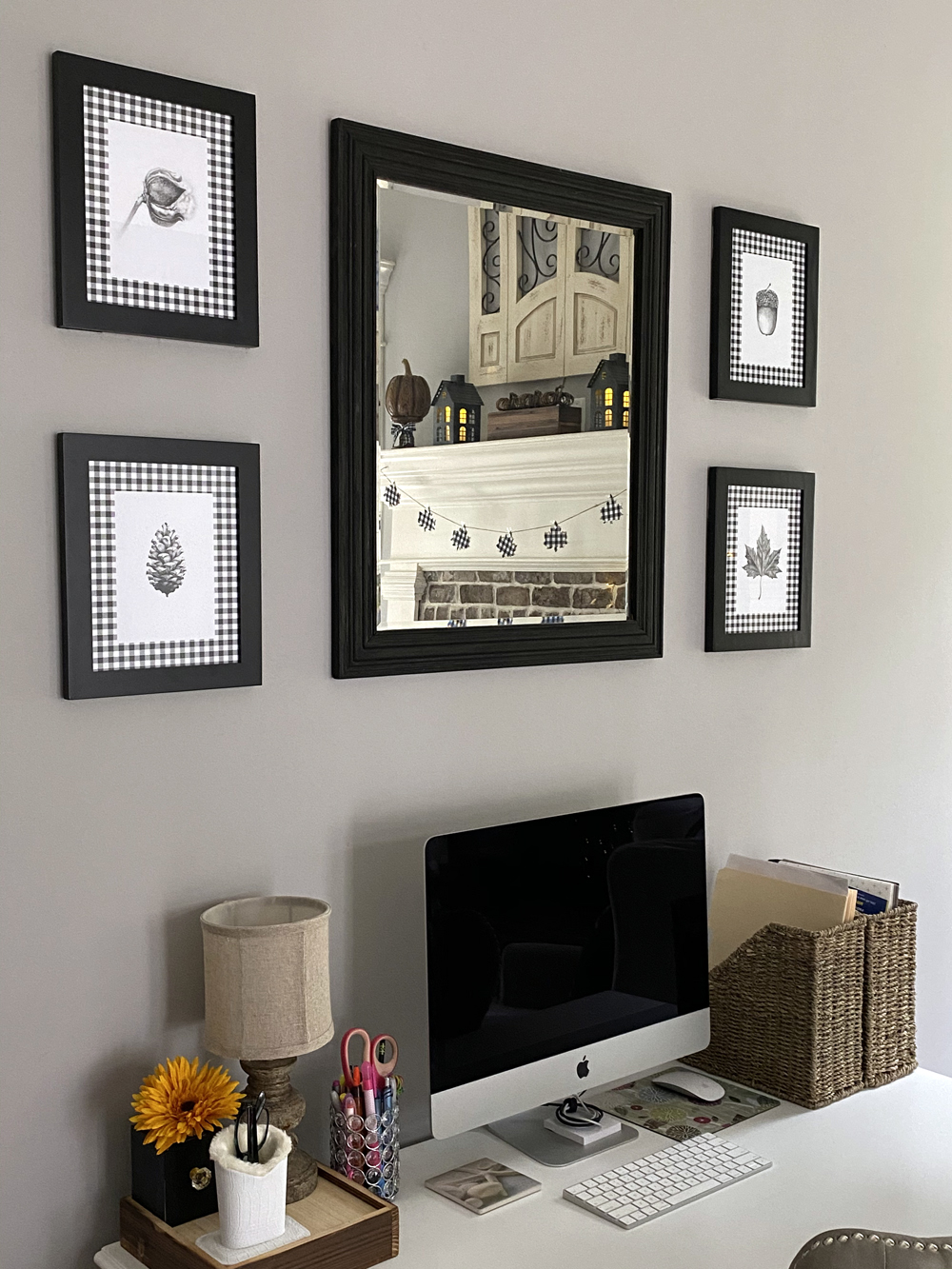 Black and white buffalo check fall living room